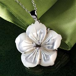 Mother of Pearl Hibiscus Necklace
