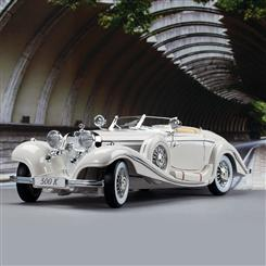 1936 Mercedes-Benz 500K Special Roadster (Pearl White)
