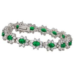 Diamond<em>Aura</em>&reg; Green Blossom Bracelet