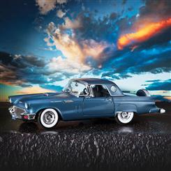1957 Ford Thunderbird (Blue)