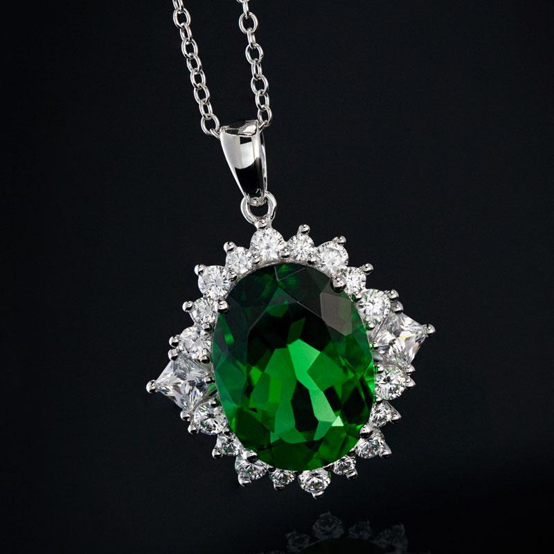 10K WG Ladies Oval Green Helenite & DiamondAura Necklace