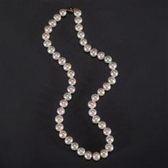 Freshwater Cultured Pearl Necklace (8.5-9.5mm)