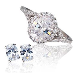 Priceless White DiamondAura Ring & Stud Earrings