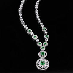 Leading Lady DiamondAura Necklace