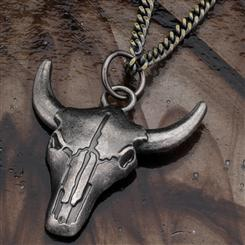 "Steer Skull Pendant and 22"" Stainless Steel Chain"