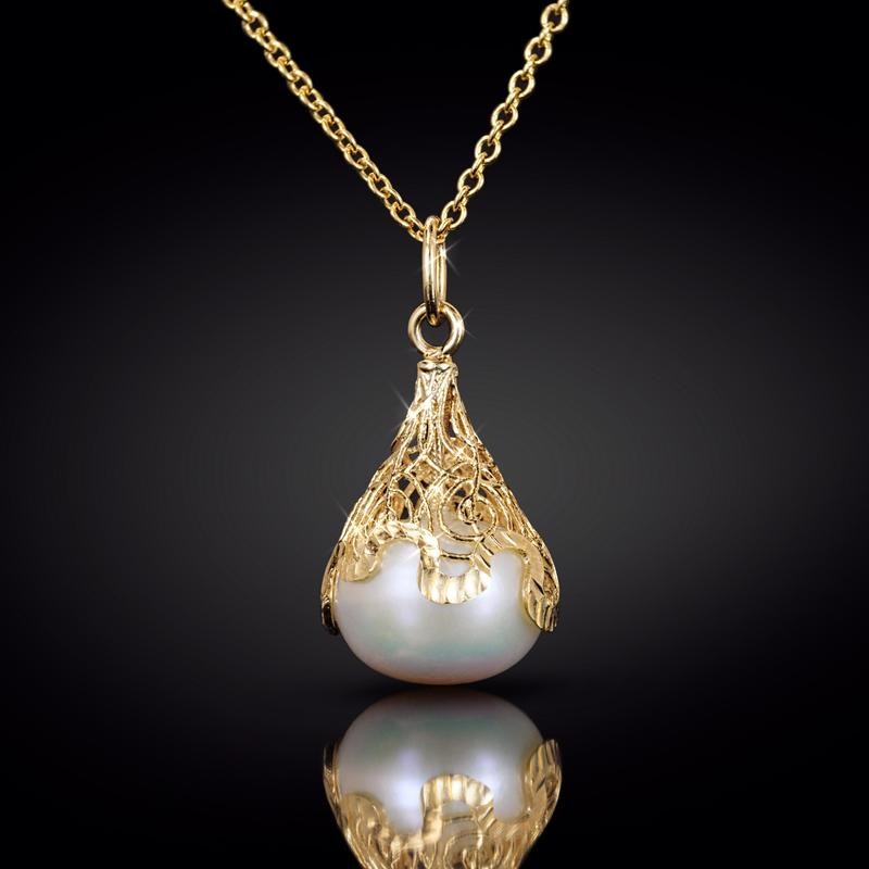 14K Italian Gold Filigree Pearl Necklace