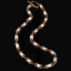 Sherwood Forest Freshwater Pearl Necklace