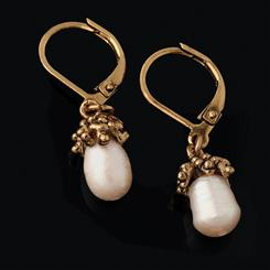 Sherwood Forest Freshwater Pearl Earrings