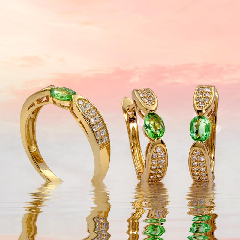 Dangerous Beauty Helenite Collection