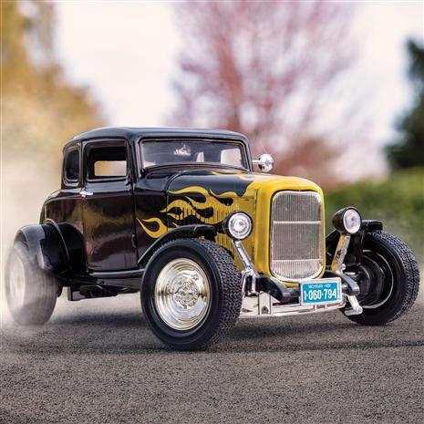1932 Ford Five Window Coupe (black)