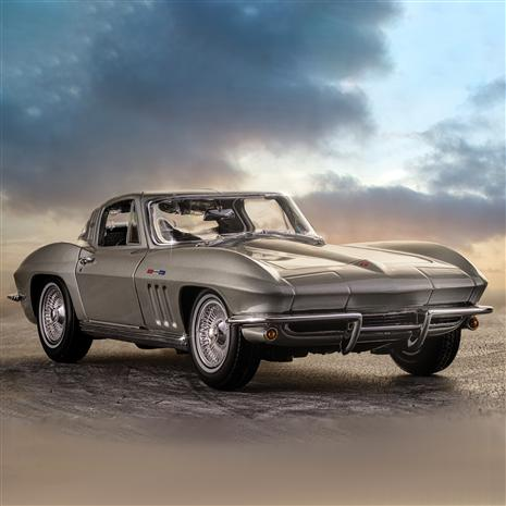 1965 Chevrolet Corvette Stingray Coupe (Silver)