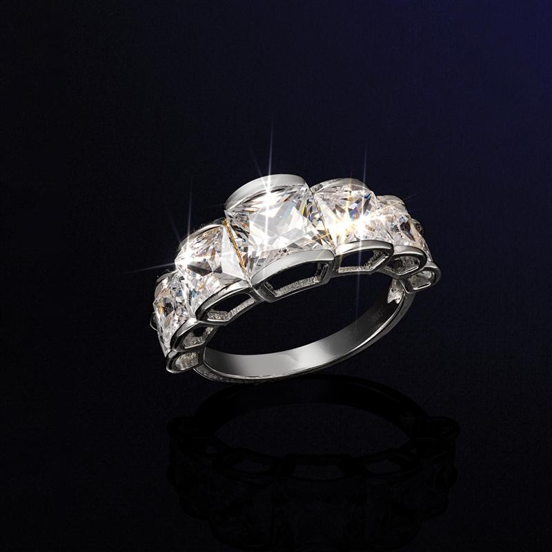 Lady Luck Ring
