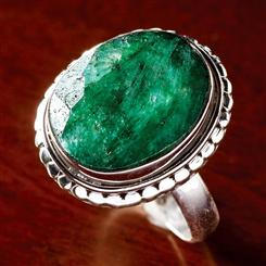 Carnaval Emerald Ring