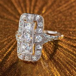 DiamondAura® Outré Ring