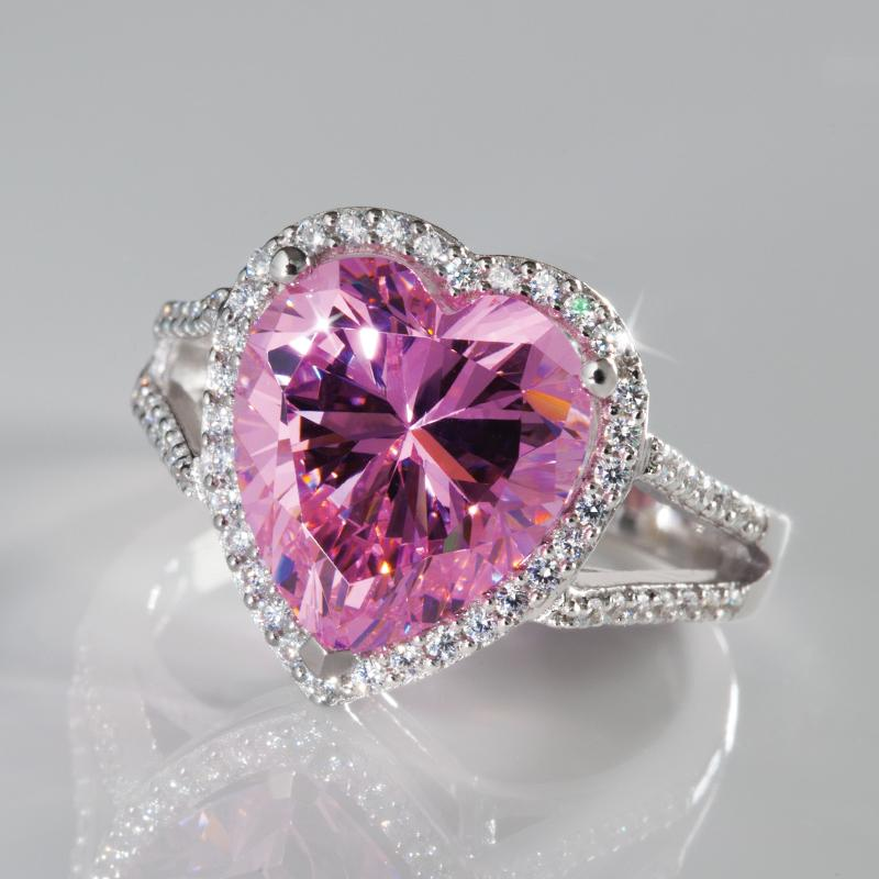 Pure Heart Diamondaura Ring